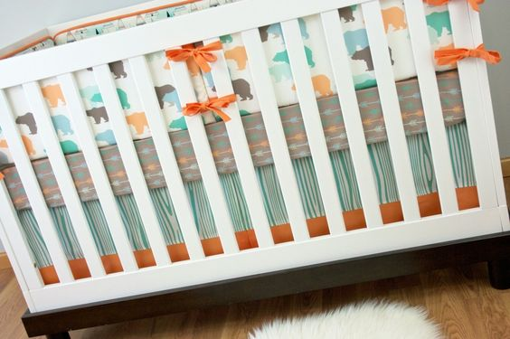 I spy adorable arrow crib sheets (a 2014 nursery trend!) from @Modified Tot by Holly Alfton! We love their modern nursery gear. #PNapproved