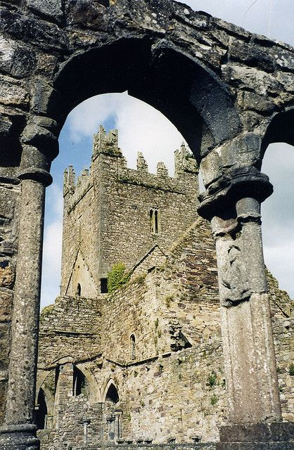 Jerpoint Abbey, County Kilkenny, Ireland - Benedictine Monks Order - Founded 1158