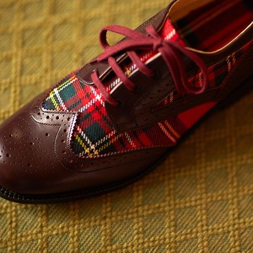 ScotlandShop.com, an online retailer based in Scotland, is currently selling tartan brogues that you can custom design by selecting the leather and the tartan. You may choose brown, black or burgundy leather and pick from–drum roll, please!–over 500 Scottish wool tartans, woven in Scotland, to further customize your look. I have no affiliation with the company, I simply think these shoes are wonderful for anyone who has Celtic ancestry or loves tartan and plaid.