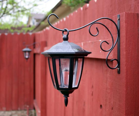 Solar Lights To Hang On Fence: Inexpensive Solar Coach Lights
