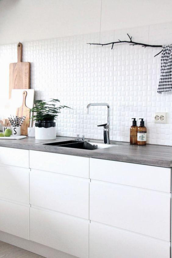 Küchen, Küchenweiß and Fliesen on Pinterest