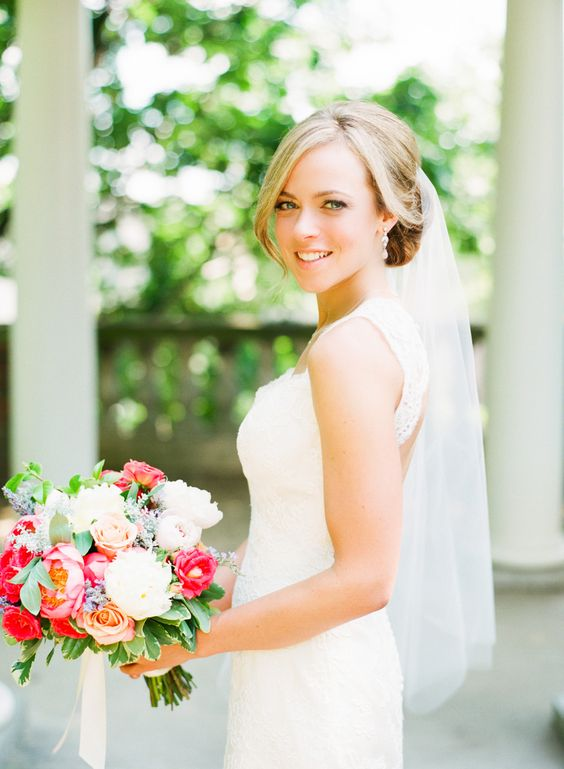 Photography: Katie Stoops Photography - katiestoops.com  Read More: http://www.stylemepretty.com/2014/04/07/dc-garden-wedding-with-pops-of-color/