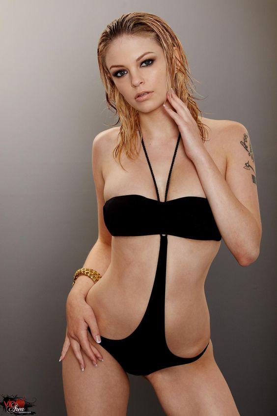 Bree Daniels nude 699