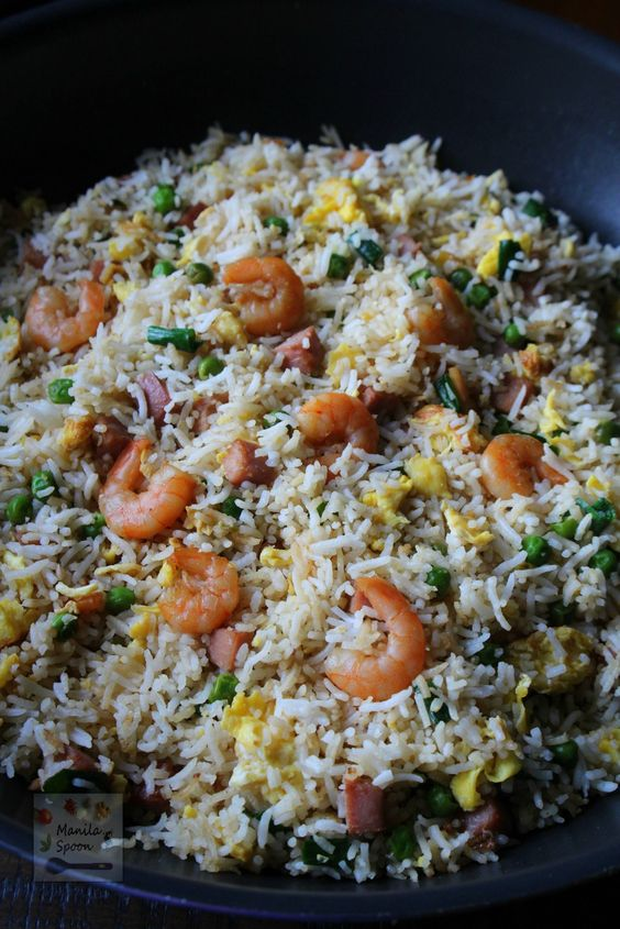 Easy and yummy way to make your favorite take-away Chinese Special Fried Rice. You can also tweak the flavoring to your taste. | Manilaspoon.com