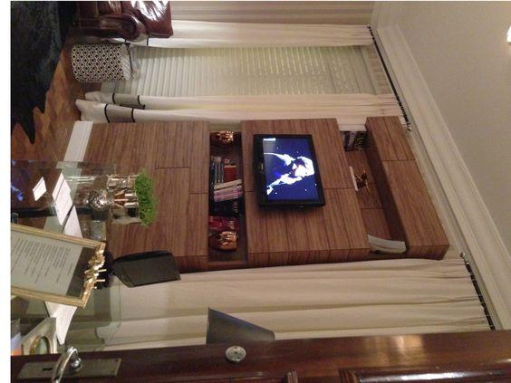 painel WallWood com nichos na casa Cor campinas 2013