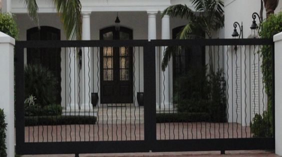 Puertas and colors on pinterest for Diseno de puertas