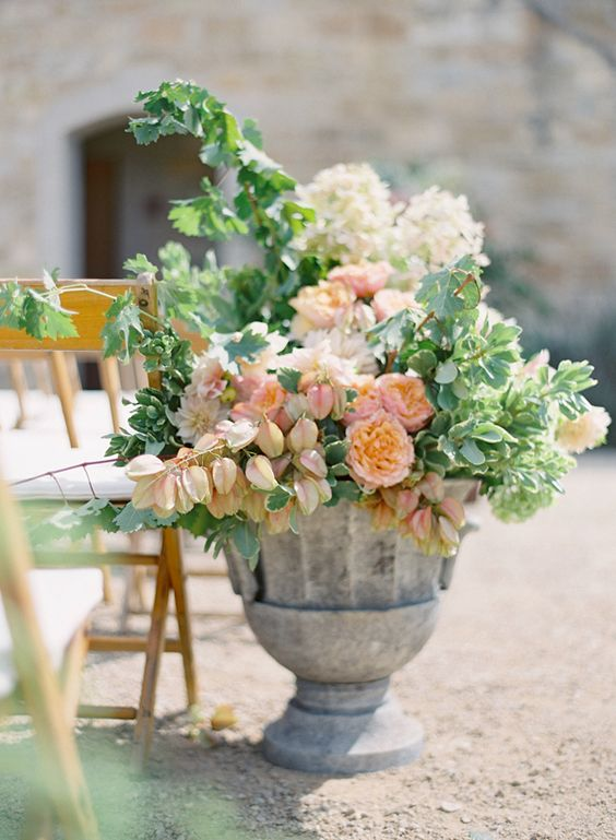urn + blush + peach tone floral | mindy rice + jose villa // need to add in some yellows, but I love this idea for a ceremony setup: