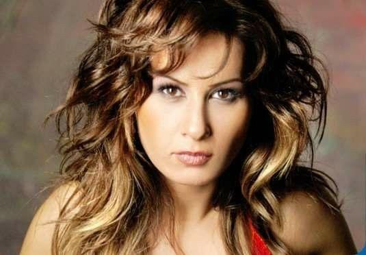 Pin By Mehmet Cakir On Mehmet Cakir Hair Styles Beauty Long Hair Styles