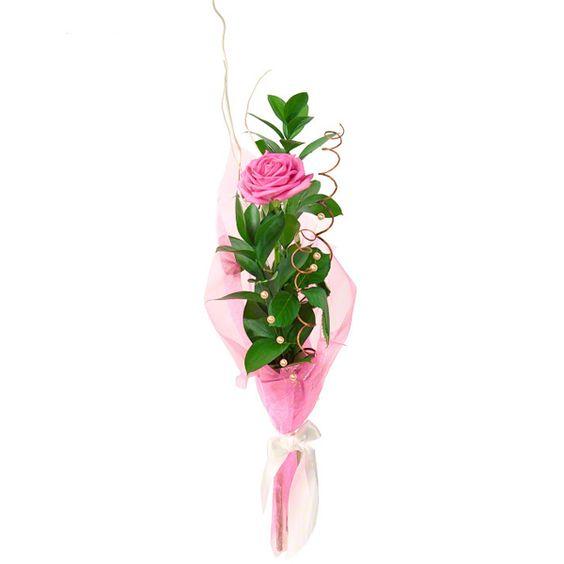 Артикул: 035-316 Состав букета: 1 роза розового цвета, декоративная зелень, декор, оформление Размер: Высота букета 60 см Роза: Выращенная в Украине http://rose.org.ua/bukety-iz-roz/1590-buket-elegans.html #букеты #букетроз #доставкацветов #RoseLife #flowers #SendFlowers #купитьрозы #заказатьрозы #розыпоштучно #доставкацветовкиев #доставкацветовукраина #срочнаядоставка #заказатьрозыкиев