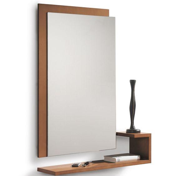 Espejo y consola Shadow de Dissery. Discreto y elegante espejo y consola perfectos para cualquier parte de tu casa. Dispone de múltiples acabados. ¿Solo quieres uno de los dos? No hay problema, se puede comprar por separado.