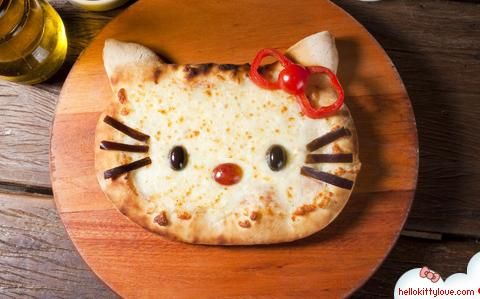hello kitty pizza  So making this for my big sister Valerie when she comes home :)