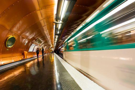 Photograph station Arts et Métiers Paris by Laurent Jobert on 500px