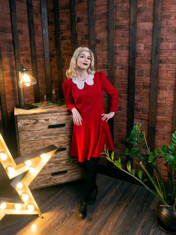 Chilling Adventures of Sabrina cosplay - Sabrina Spellman red dress