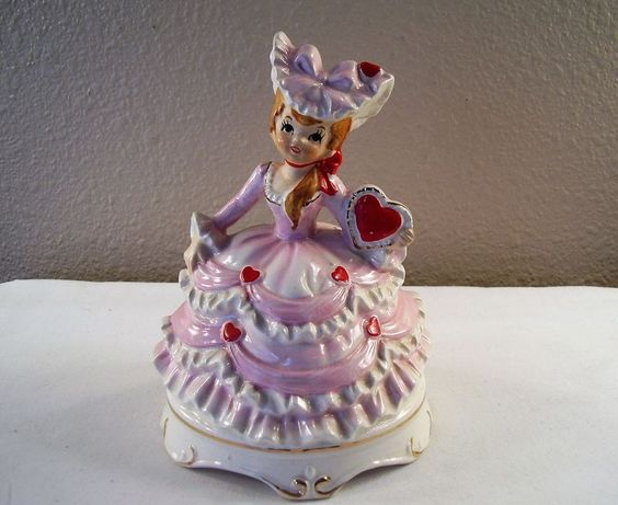 Vintage LEFTON Valentine GIRL Pink Dress RED HEARTS Musical MUSIC BOX Figurine