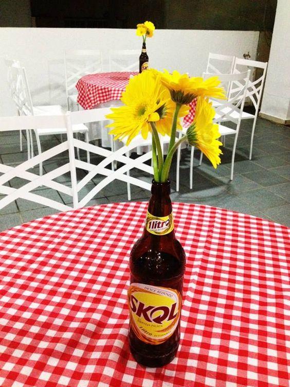 decoracao de mesa boteco : decoracao de mesa boteco:Tema: Boteco // Bar // Mesa de Convidados // Decoração // Garrafa de