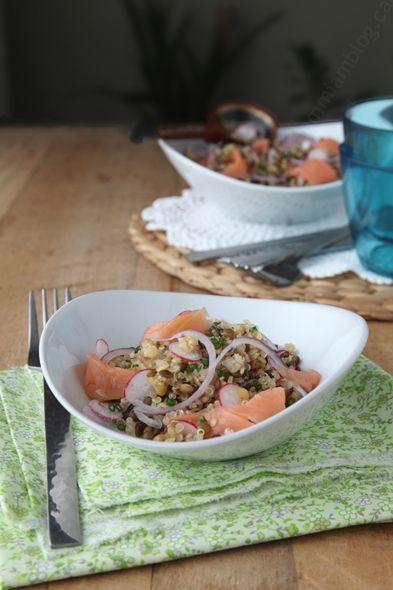 Salade de quinoa et lentilles au saumon fumé