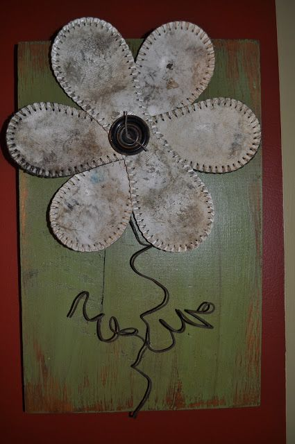 Softball Wall Flower - Makes me think of my Dad and Sister. <3