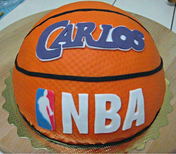Tarta bal n de baloncesto bizcocho crema y canasta - Canasta de baloncesto ...