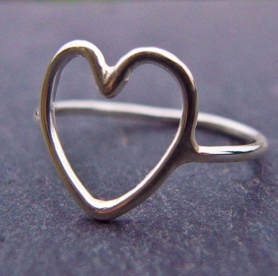 Silver heart ring: Boho Rings, Heart Rings, Cute Promise Rings, Big Heart, Jewelry Hearts, Silver Rings, Jewelry Rings, Silver Heart