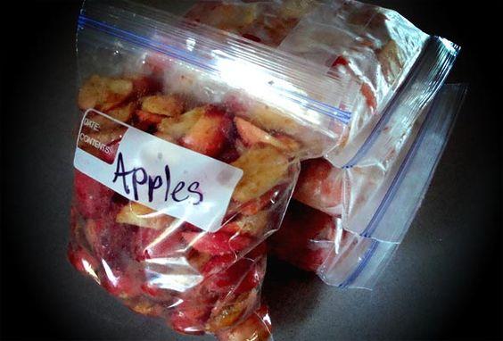 Freezing apples for apple crisp