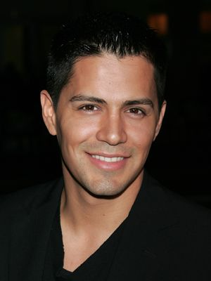 Jay Hernandez | The 56 Sexiest Mexicans in Hollywood! | Latina Magazine