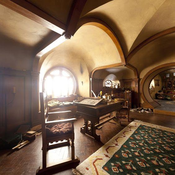 Lotr Bag End Hobbit Hole Interior Home Exteriors