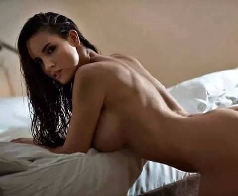 Prettiest nude women