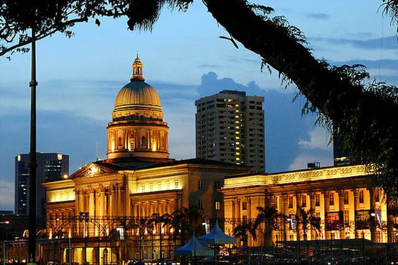 Tòa thị chính cũng trở thành một điểm du lịch nổi bật của ngành du lịch Singapore.