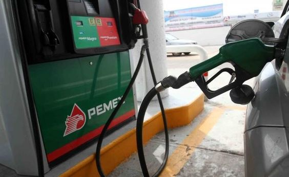 Hacienda anuncia nuevo aumento a precio de gasolina | El Puntero