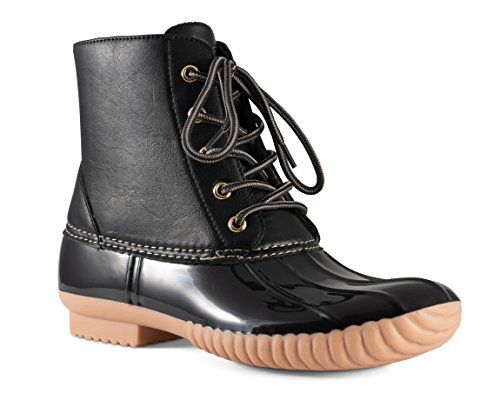 6 Vegan Duck Boots to Buy for When It's Wet Outside 2020