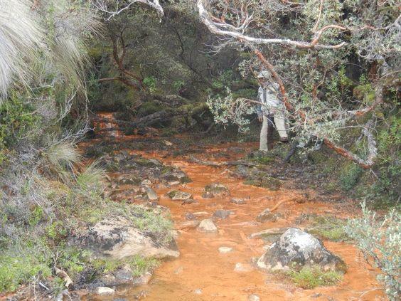 Fuente natural cerca del iliniza