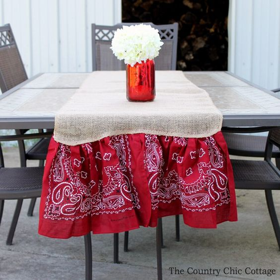 Summer Burlap Table and Runner