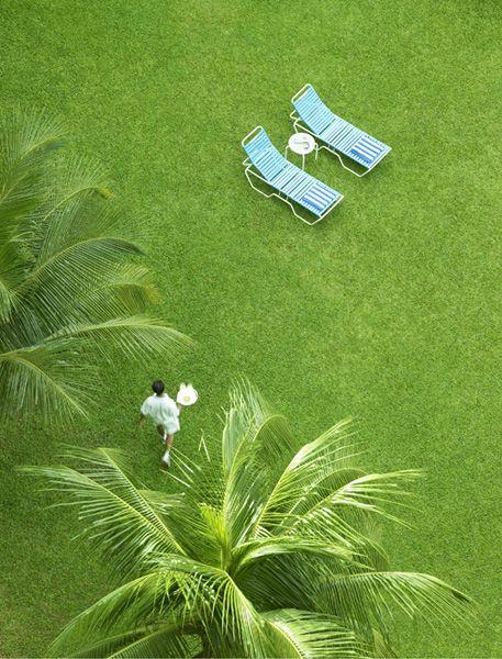 Resort. Relax. Green.