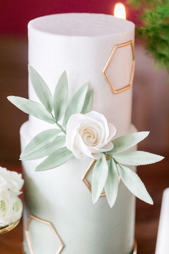 Hochzeitsinspiration: Geometrische Formen kombiniert mit moderner Eleganz  Susanne Wysocki http://www.hochzeitswahn.de/inspirationsideen/hochzeitsinspiration-geometrische-formen-kombiniert-mit-moderner-eleganz/ #wedding #mariage #cake