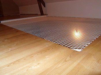 le filet d 39 habitation fait office de puit de lumi re. Black Bedroom Furniture Sets. Home Design Ideas