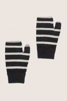 Oui Non Gloves