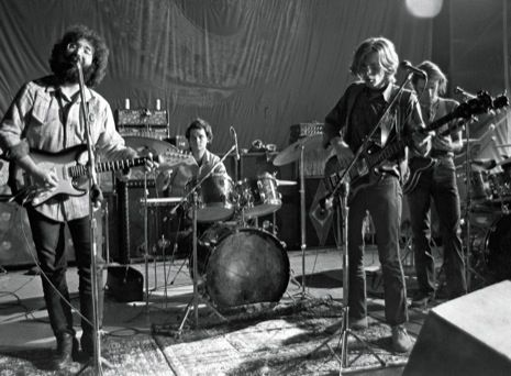 """""""...The New Yorker's Nick Paumgarten has written a 12,000-word survey on the career of The Grateful Dead… and left it way out in front of the paywall for us!  The piece covers the tape culture, the granola-caked fan base, the drugs, and the band's complicated musical legacy... """"  The Daily Swarm - Long Read: The Grateful Dead, Explained..."""