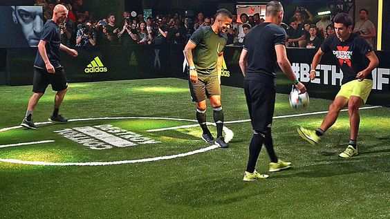 Zinedine Zidane & his Son vs F2 Freestylers - adidas The Base