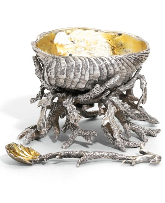 Victorian silver salt cellar and  salt spoon - London, 1843