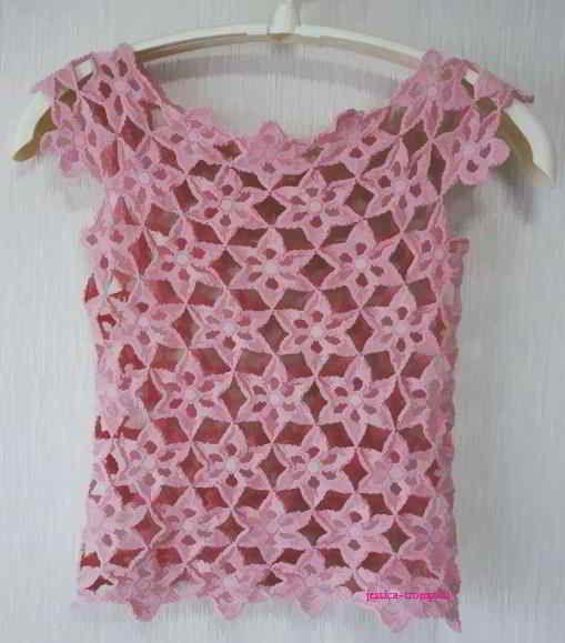 Graficos y crochet blusas chalecos sweaters y for Gancho de ropa en ingles