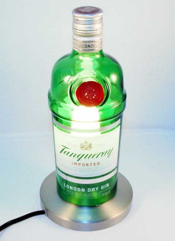 Lampe aus Tanqueray Gin Flasche