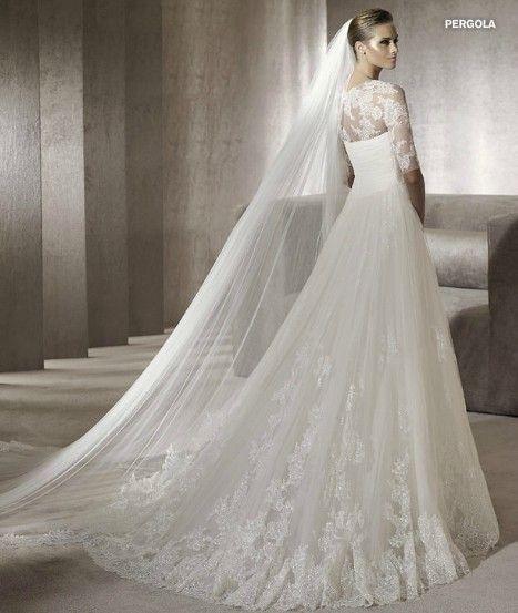 lace wedding dress designers
