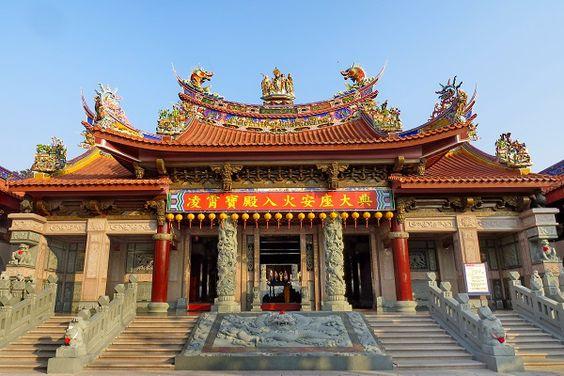 Kiến trúc đậm bản sắc của ngôi đền