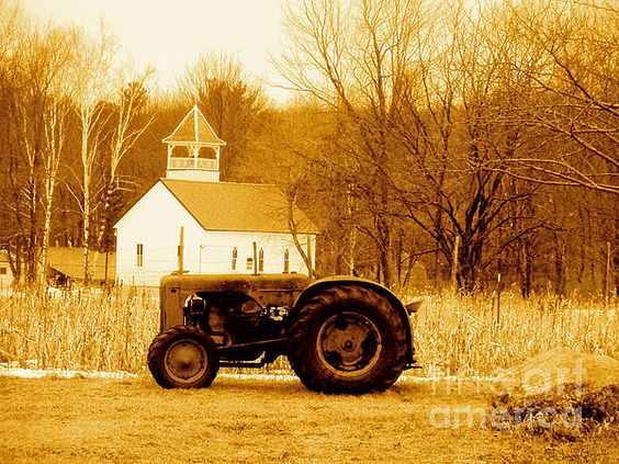 Tractor In the Field (Desiree Paquette) #AmericanHeartland #agriculture #farm