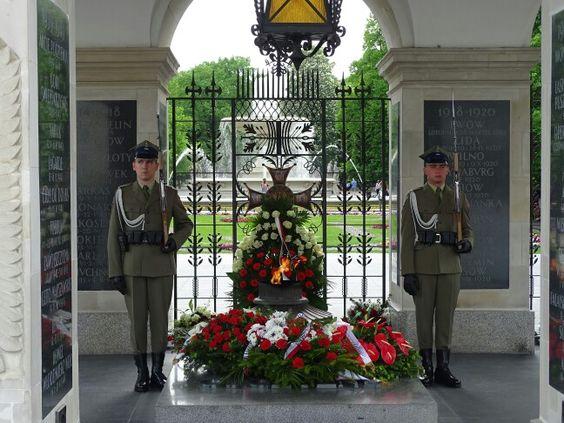 Túmulo do Soldado Desconhecido em Varsóvia, Polônia.