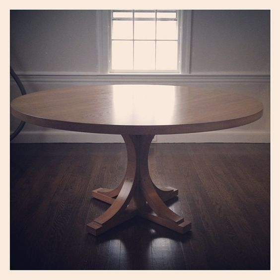 Custom dining table Photo by elementstyle