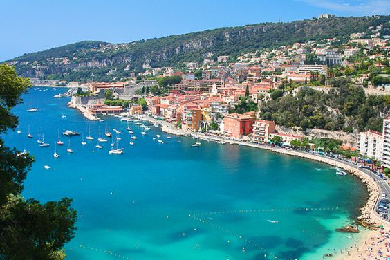 Top 10 best beaches in the south of France: The Villefranche-sur-Mer beaches near Nice in the South of France. Read on: http://www.nyhabitat.com/blog/2013/05/20/top-10-best-beaches-south-france/