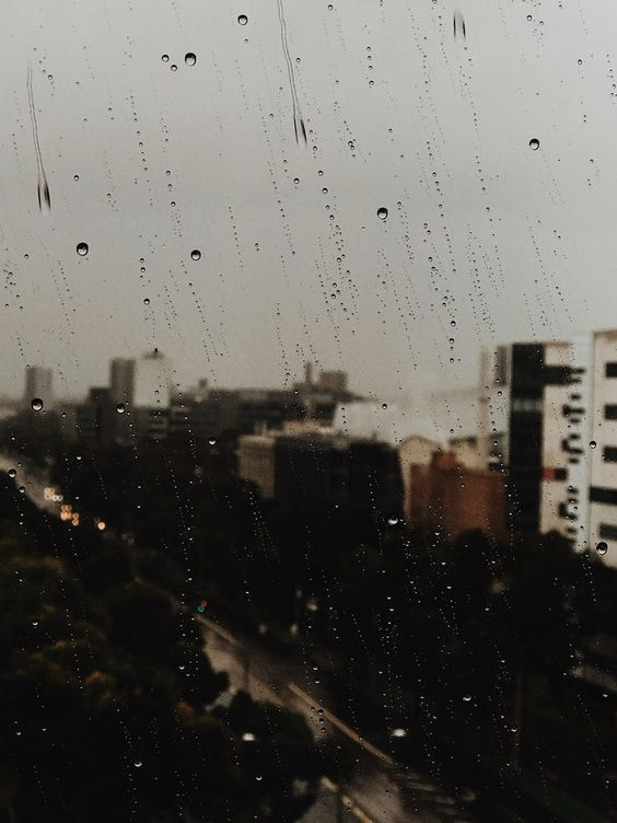 autumn tones — chloe. Rain Mood Ambiance City Scape City Rain Window Raindrops Rain Photography
