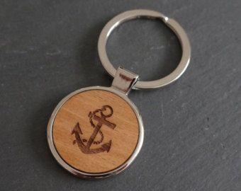 Porte-clés en bois de caméra secondes par mariaallenboutique