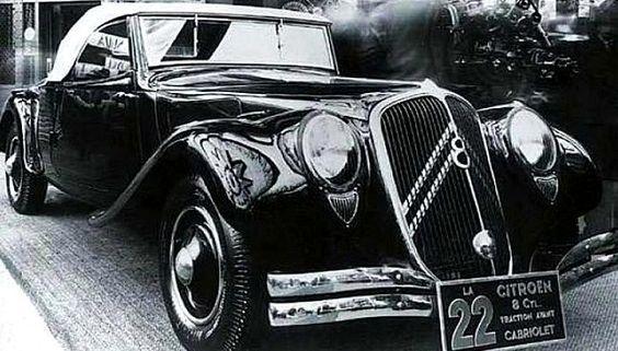 La Citroen 22 berline concept, photo d'époque, ce véhicule ancien fut produit en 1934,une motorisation d'une cylindrée de 3.8 L présentant une puissance de 100ch, la Citroen 22 berline concept a été produite en 12 exemplaires.
